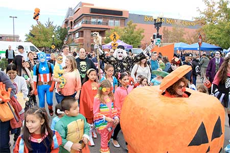 Pumpkinpalooza Parade, Victorian Square in Sparks