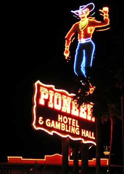 River Rick welcomes one and all to the Pioneer Hotel, Laughlin Nevada