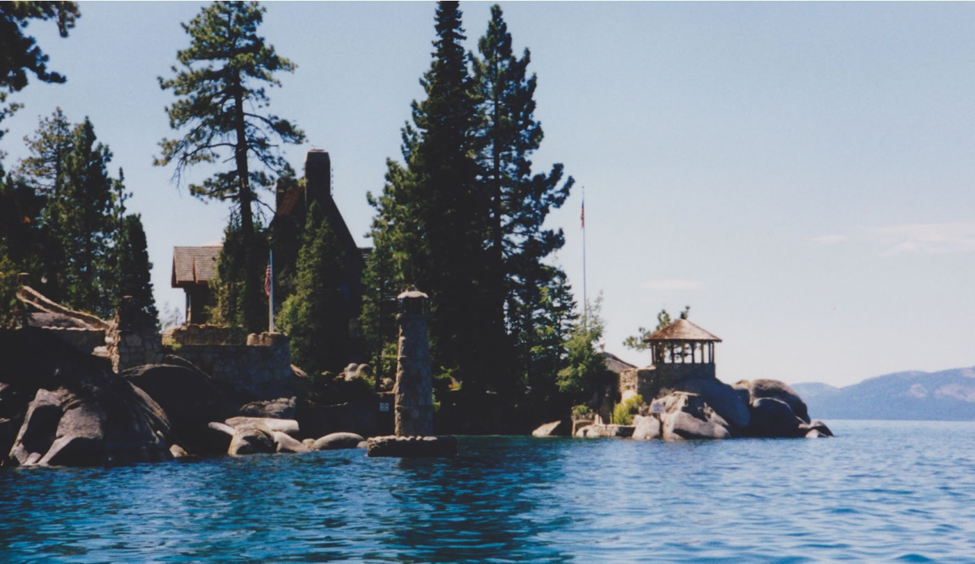 <span class=gs></span>Thunderbird Lodge, Lake Tahoe